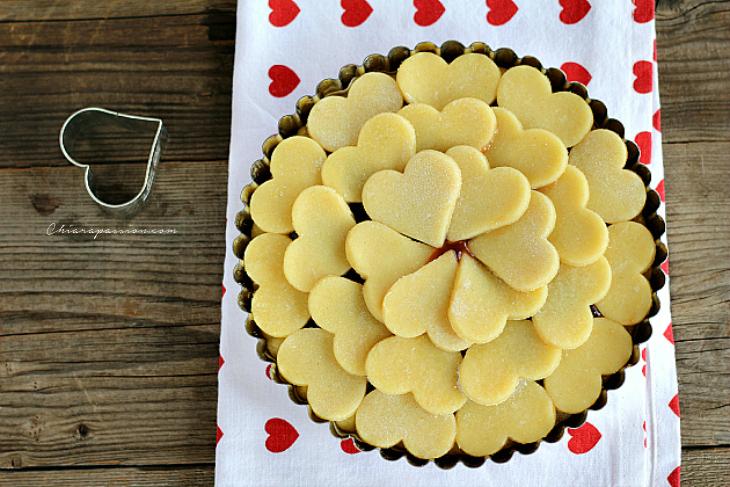 Crostata di cuori ricetta per san valentino - Decori per san valentino ...