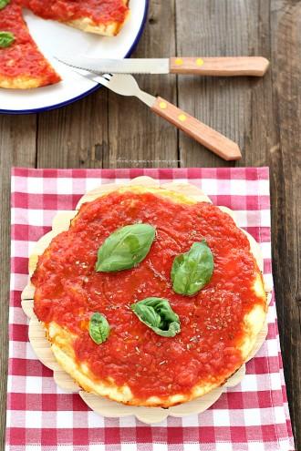 pizza_veloce_in_padella_senza_lievitazione
