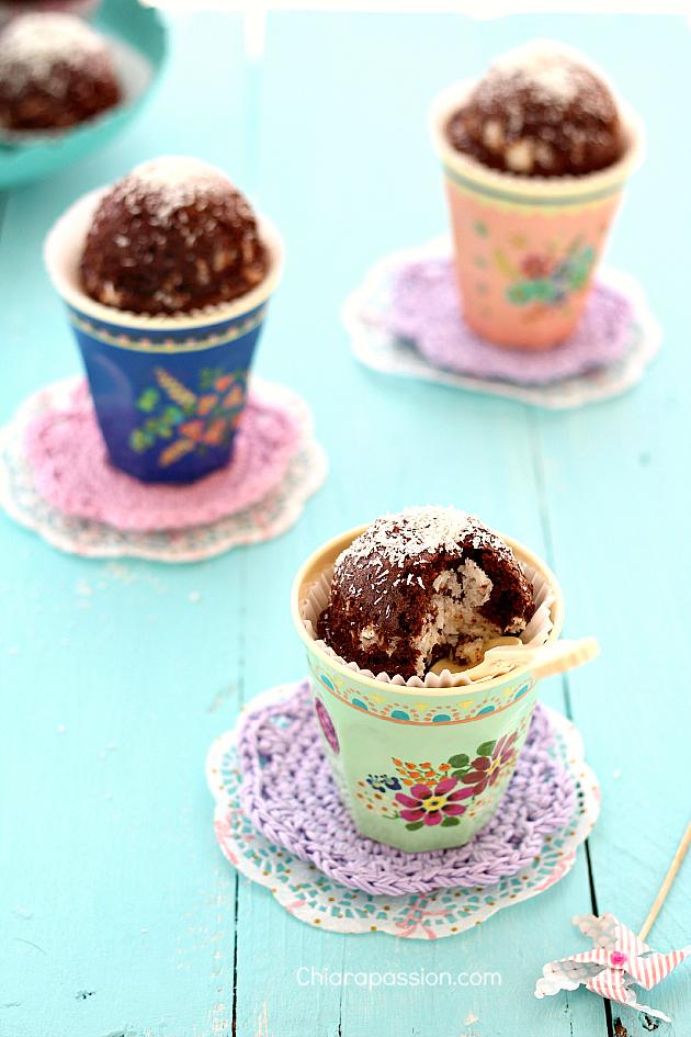 torta_al_cioccolato_con_cuore_di_cocco