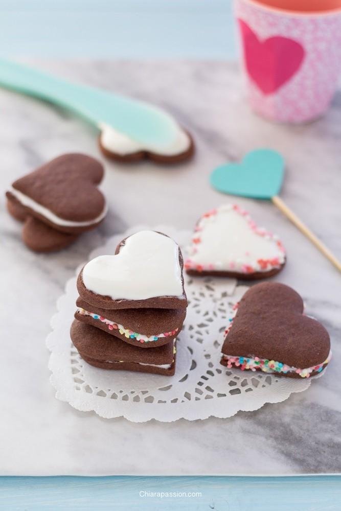 biscotti-al-doppio-cioccolato-a-forma-di-cuore