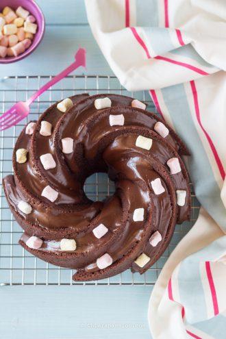 ciambella-alla-panna-cioccolato-torta-al-cioccolato-con-glassa-morbidissima-stampo-nordic-ware-heritage