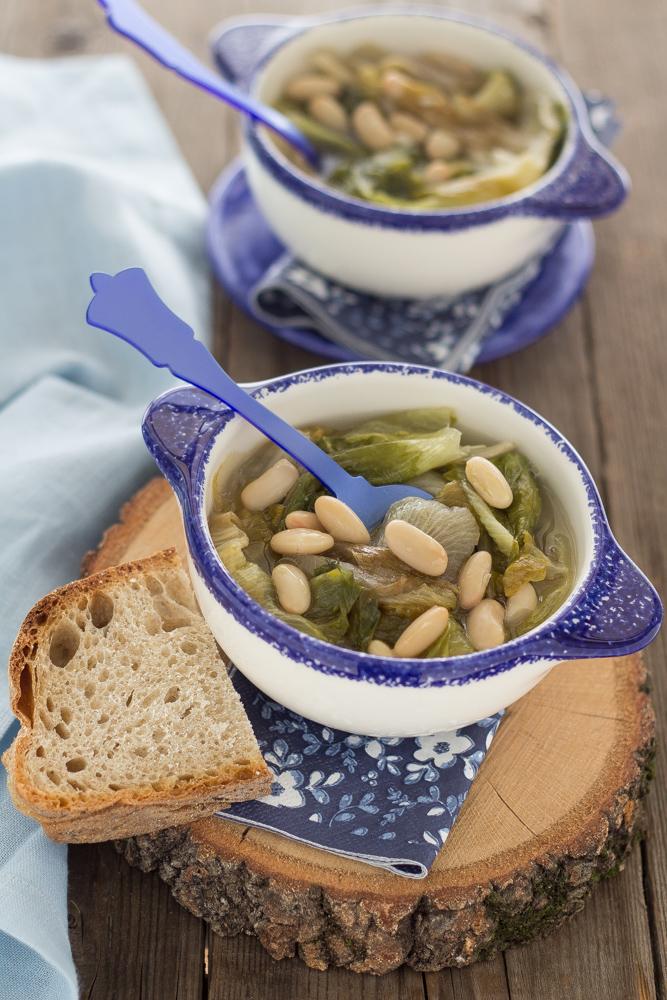zuppa-fagioli-e-scarole-ricetta-vegana-light-napoletana