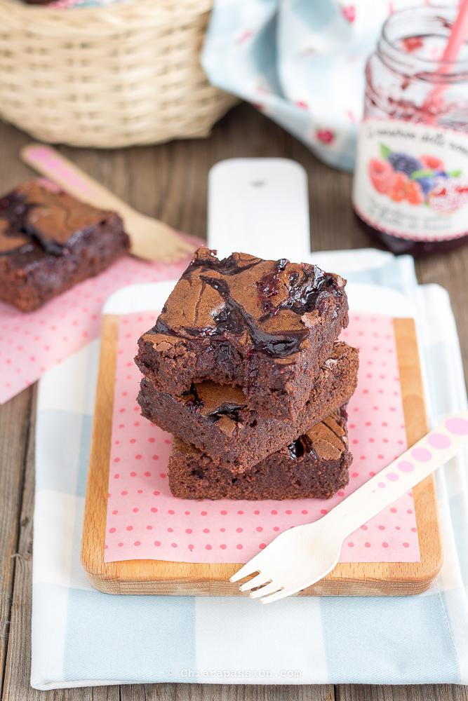 brownies-alla-marmellata-marmorizzato-ricetta-facile-veloce-video-ricetta