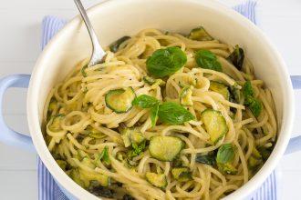 ricetta-pasta-alla-nerano-spaghetti-zucchine-provolone-del-monaco-parmigiano-burro-trucco-cremina