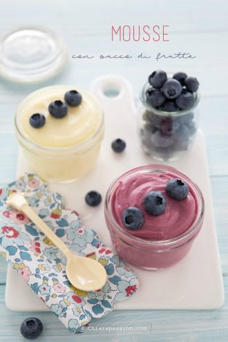 mousse-con-succo-di-frutta-ananas-mirtillo-ricetta-facile-senza-gelatina-