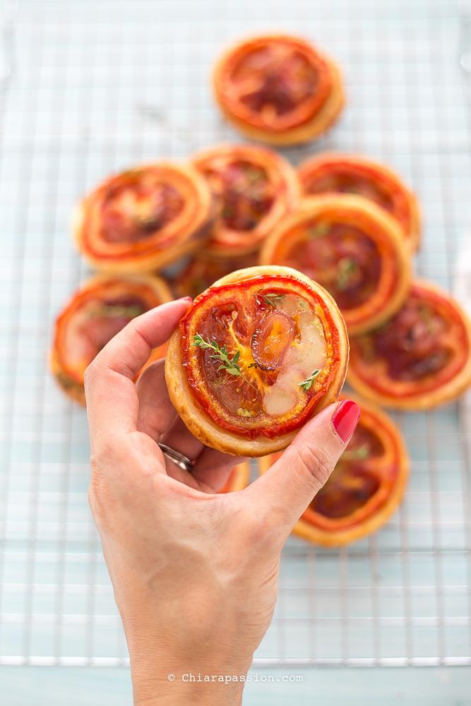 pizzette-di-pasta-sfoglia-sciue-sciue-pomodoro-pesto