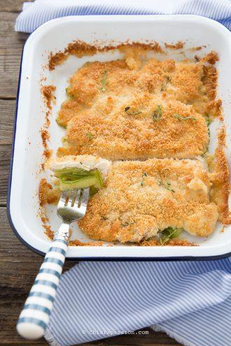 ricetta-con-petto-di-pollo-al-forno-crumble-zucchine