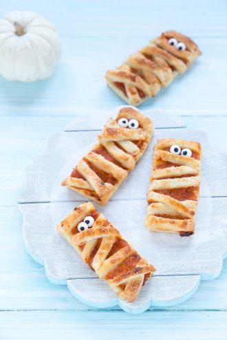 ricette-halloween-mummie-di-pasta-sfoglia-zucca