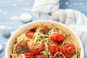spaghetti-con-vongole-fujute-ricetta-napoletana