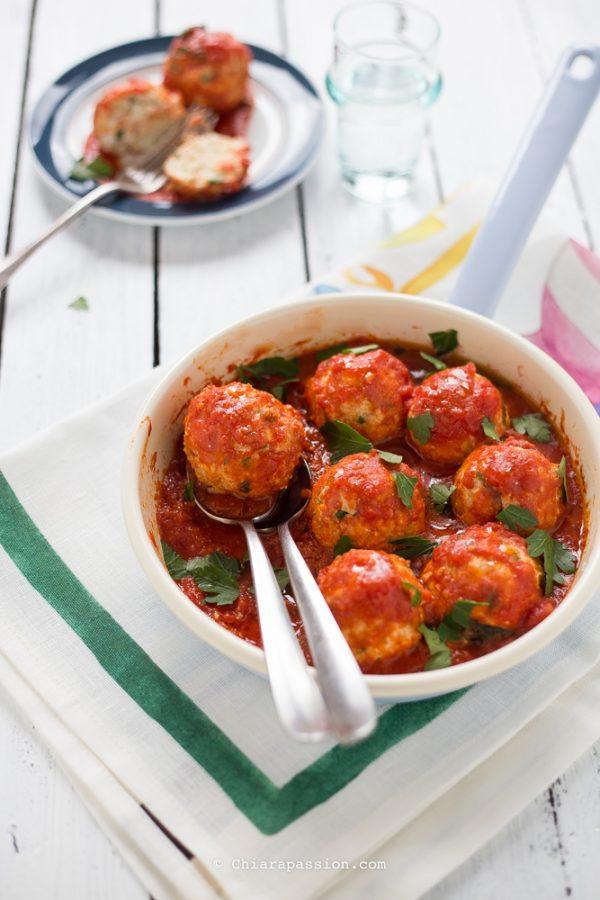 polpette-di-ricotta-al-sugo-di-pomodoro-secondo-piatto-facile