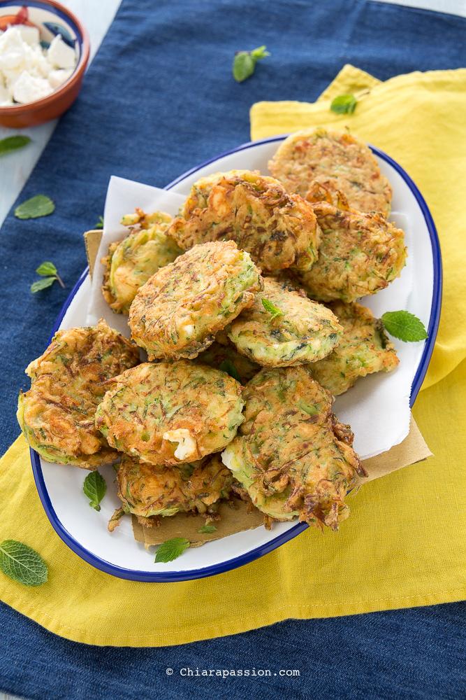 Ricetta Veloce Con Zucchine.Frittelle Di Zucchine Ricetta Veloce Senza Lievitazione