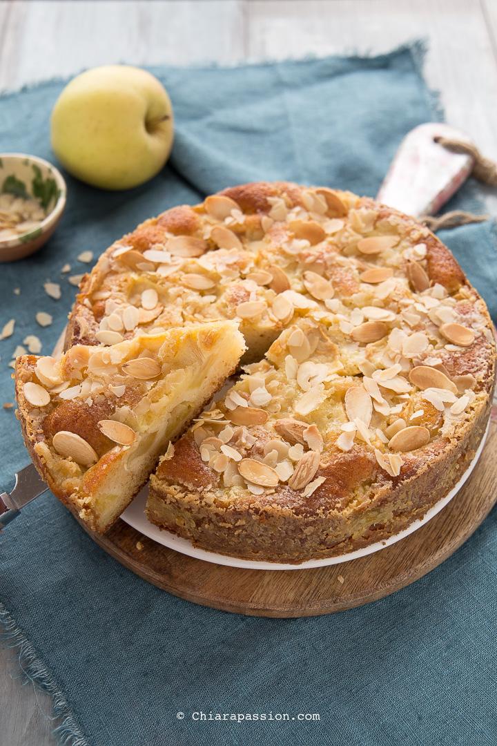 fb0b96235fbe Amo le torte di mele e quella che vi propongo oggi oltre ad essere  velocissima è una Torta di mele Facile e veramente particolare!!! La ricetta  è di uno ...