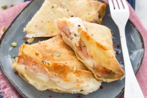 Crepes al forno prosciutto e formaggio