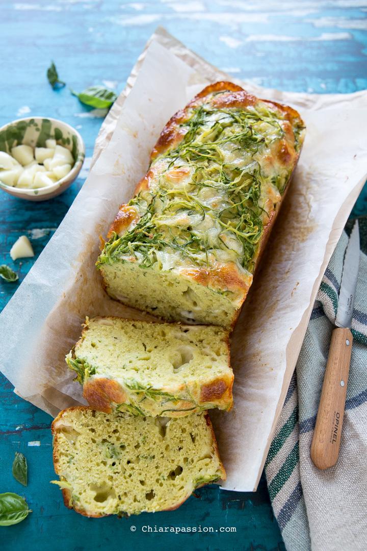 Plumcake zucchine e pesto